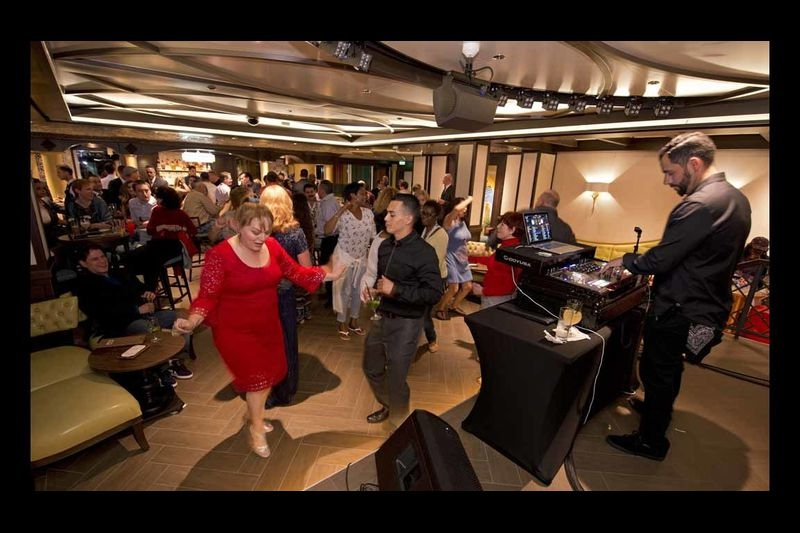 Carnival Cruise Line Names Newest Vista-Class Ship gallery image 16