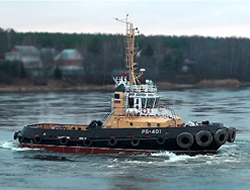 Tugs deliver to port Kaliningrad
