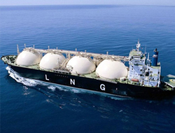 CSD orders 3 LNG carriers