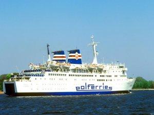DFDS Bids on Polferries