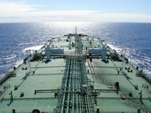 China VLCC Inks Charter Deals with BP and Shell