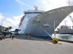 Palm Beach Set to Break Cruise Passenger Record