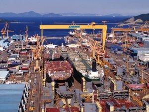 Has Oil Contango Spread to Shipyards?