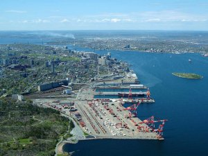 Halifax Port Longshoremen Pen New Contract