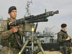 German navy force against pirates