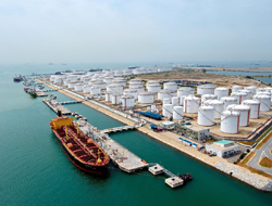 S'pore to build 1st LNG Terminal