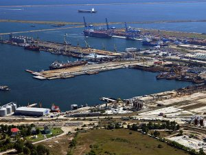 Swiss trader Ameropa builds EUR 44 mln terminal in Romania's Constanta port