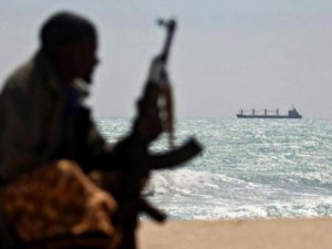 Iranian Fishermen Flee from Somali Pirates after Five Months of Captivity