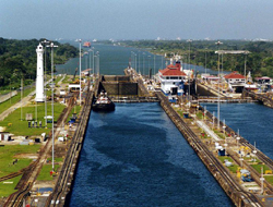 Panama agrees with US port