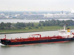 Scorpio Tankers Adds Newbuilding Duo, Sells Oldest Vessel
