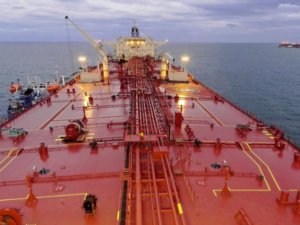 China's Supertanker Traffic Jam Propels Global Shipping Rates