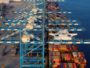 October Marks Busiest Month in Khalifa Port