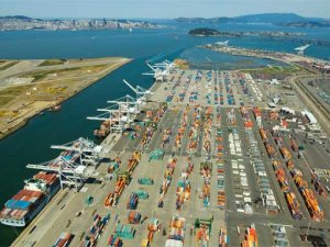 Port of Oakland Imports, Exports Dropped in December