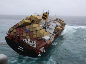 MV Rena Owner Allowed to Abandon Wreck