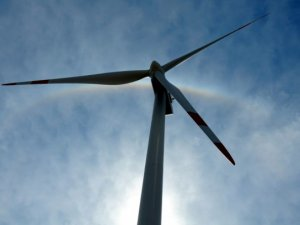 Doubling renewables' share globally to save trillions