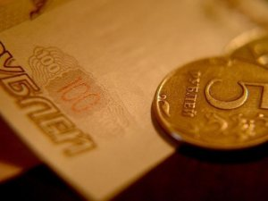 Ruble's recovery will be short-lived as risks remain