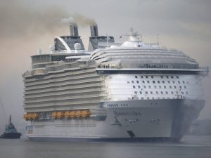 Booming Cruise Industry Reports Better-Than-Expected Passenger Numbers in 2015