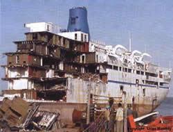 130 ships broken in 2009