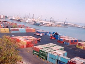 New Delhi approves sweeping changes to Indian ports