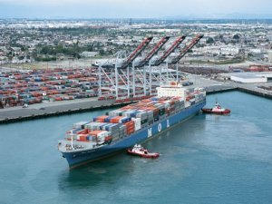 Port of Los Angeles gets $5.8m grant for low-emission vehicles and smart technology