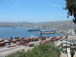 Chile's port operating limitedly