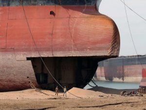 More Shipowners Opt for South Asian Beaching Yards