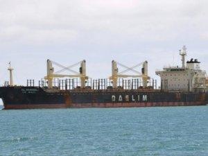 New Zealand Orders 'Dirty' Vessel to Leave Tauranga