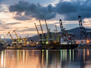 Novorossiysk increase container terminal capacity to 10,000 TEU from 2018