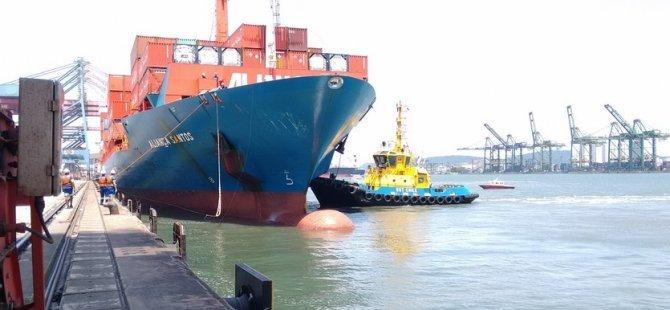 Container ship Alianca Santon caught fire in Brazil