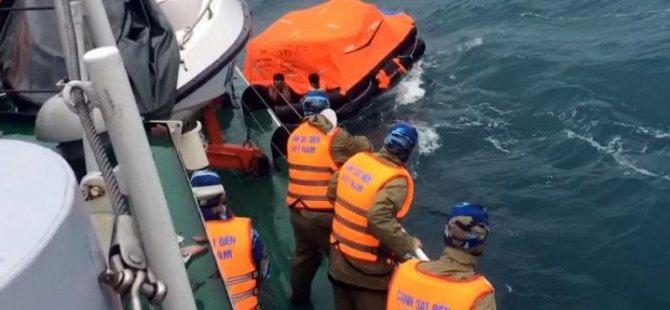 Nine Missing after Ship Sinks off Vietnam