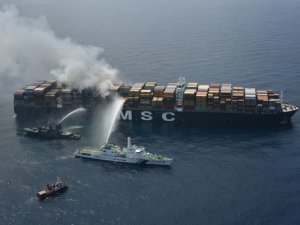 Salvors continue cooling smoldering containers on board of MSC Daniela