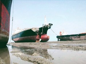 NGO Shipbreaking Platform: Death Toll Climbs at Chittagong Shipbreaking Yards