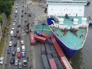 Ferry Kydon crashed into pier at Port of Santo Domingo