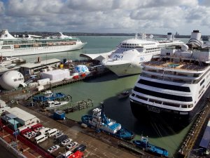 New Zealand Continues with Cruise Ship Accreditation