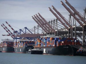CMA CGM Sells 90 Percent Stake in Port of Los Angeles Container Terminal
