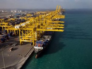 DP World Q2 TEU Count Soars 10%