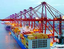 China port upgrades deep channel