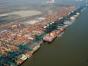 EU tells Belgium, France to end tax exemptions for ports