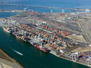 Port of Oakland refinances $324m of debt with bond sale