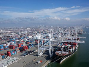 Port of Oakland Expands Shore Power Availibility