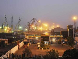 India's largest port renamed