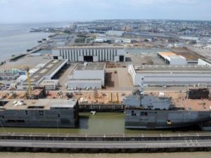 Macron paves way for Fincantieri to take over STX France