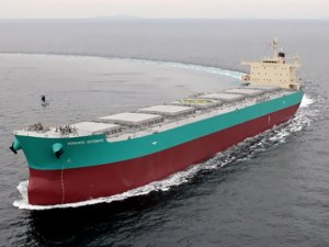Shipowners go bargain hunting in the dry bulk sector