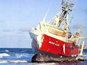 USCG warns Alaska fishing operators of icing dangers