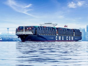 CMA CGM Giants to Run on LNG