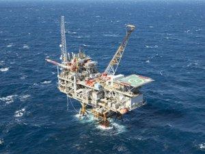 Shell's Enchilada Platform Evacuated Due to Fire