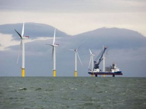Zhongtian Technology orders three offshore wind vessels at CMHI