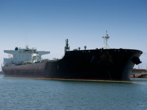 Frontline Calls for Consolidation among Oil Tanker Firms