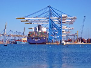 Mexican ports switch to civilian control