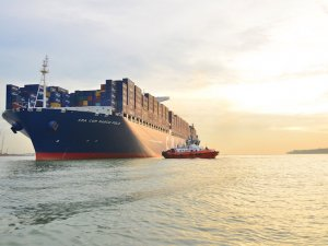 Shipping Magnates Shock Industry With Huge Orders